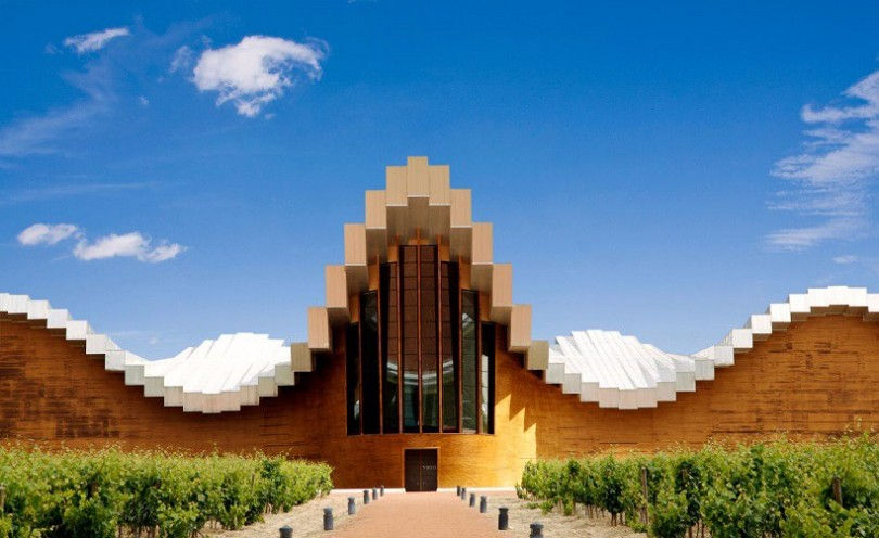 Santiago_Calatrava_Ysios_Bodega_01-compressed-810x496